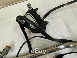 2001 Harley Softail Plage Guidons Commandes Chrome Levier D'embrayage Changement De Logement